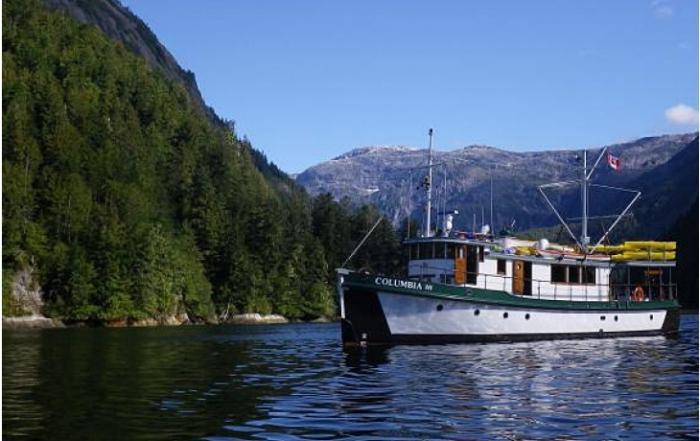 mothership-adventures-fjordland-recreation-quadra-island-british-columbia